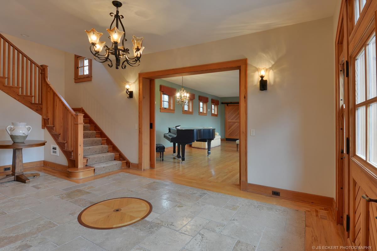 Spectacular home luxury properties