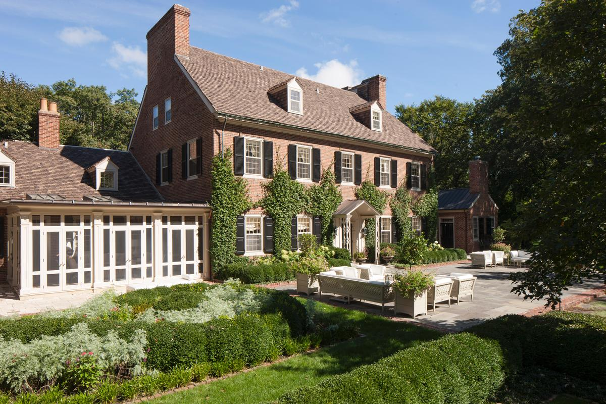 NOTEWORTHY LAKE FOREST Illinois RESIDENCE luxury properties