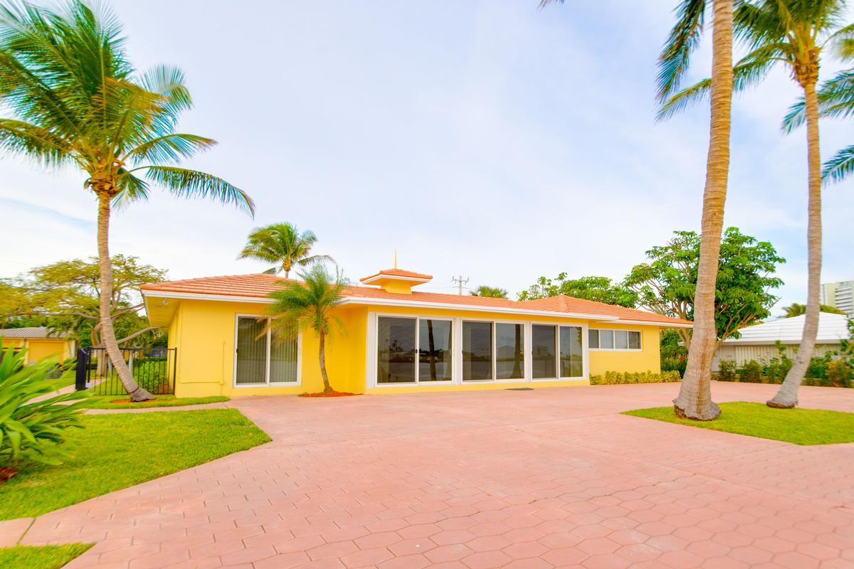 Luxury real estate South Florida living at its finest