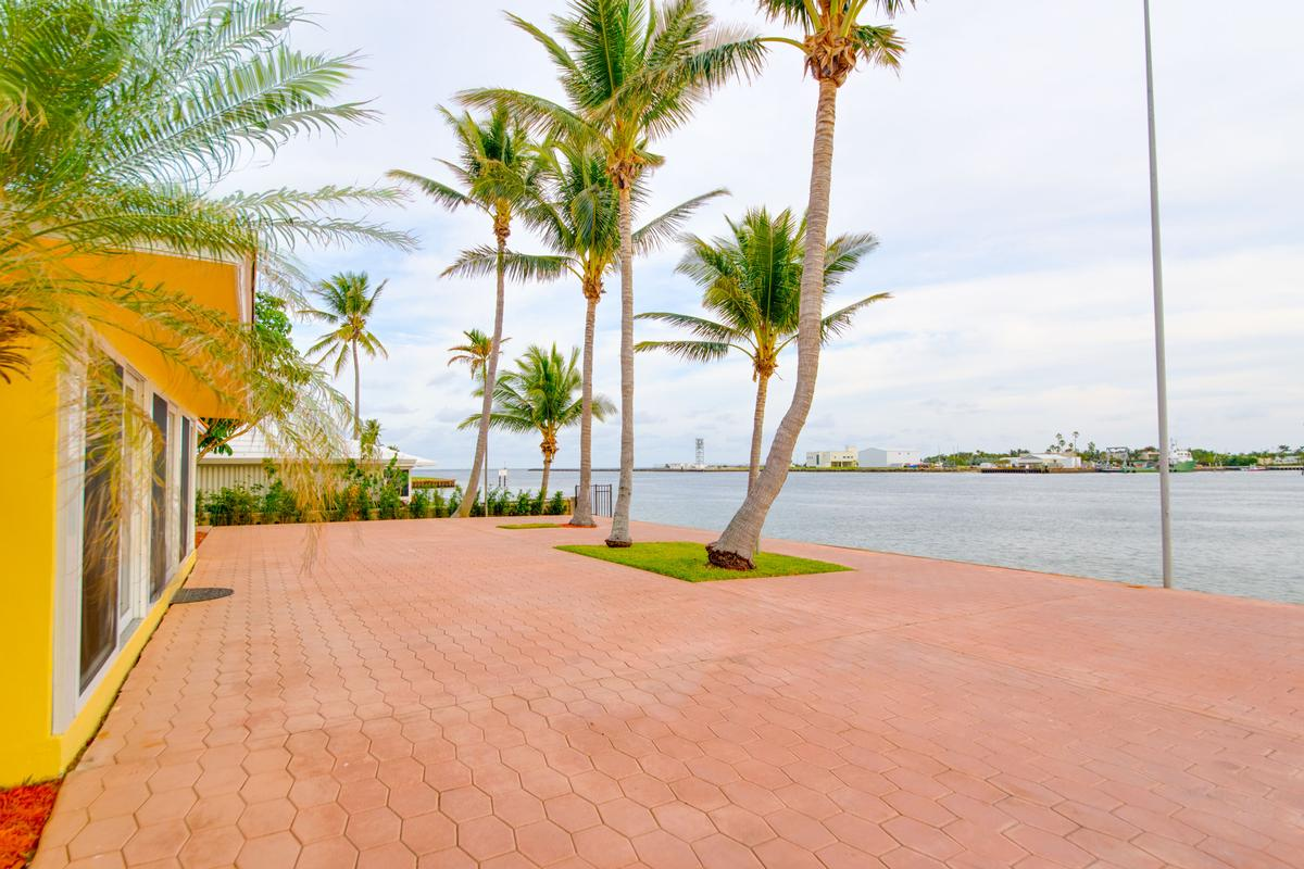 Luxury properties South Florida living at its finest