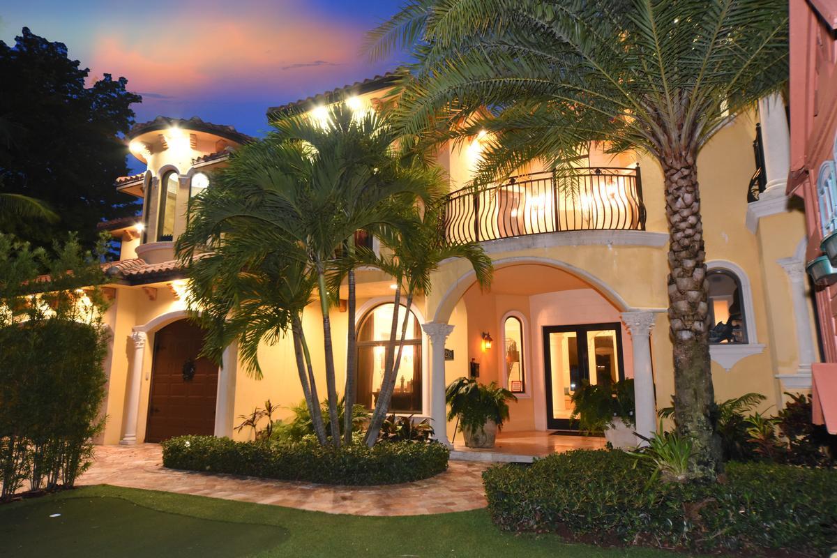 3020 NE 56 Court luxury properties