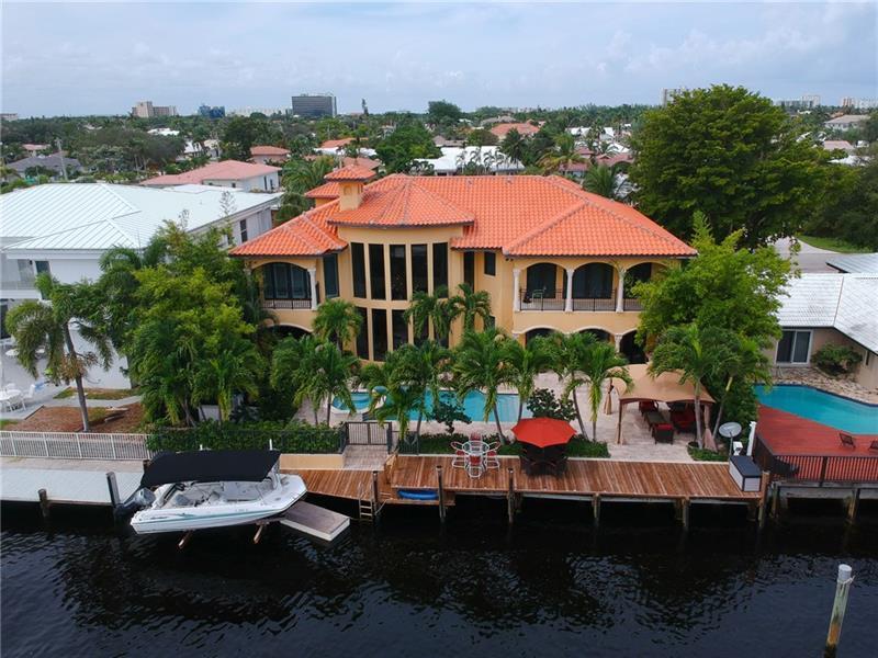 Luxury homes 3020 NE 56 Court