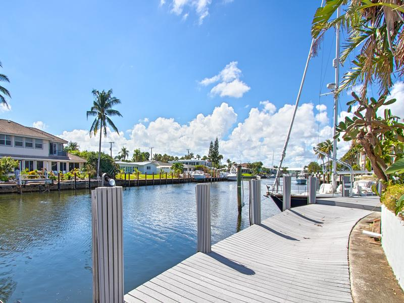 Luxury real estate gorgeous point waterfront lot