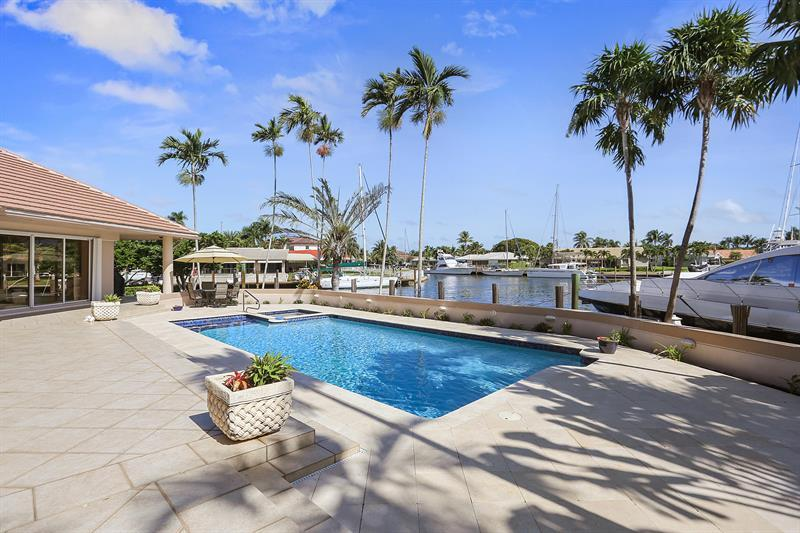 BEAUTIFUL POINT LOT WATERFRONT HOME luxury properties