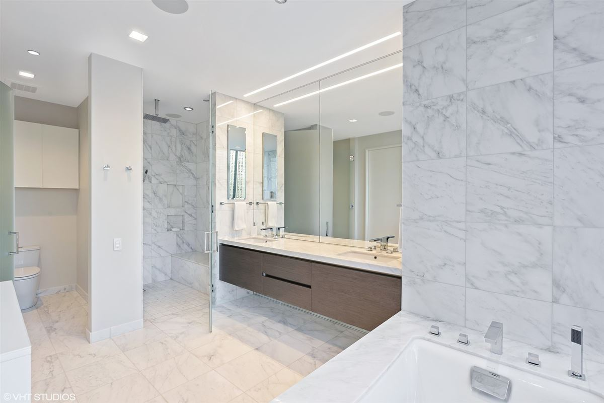 incredible unit in newer luxury building luxury real estate
