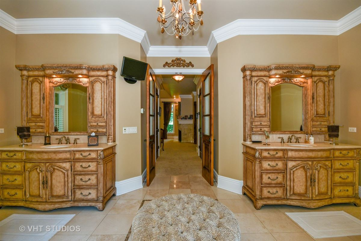 Gorgeous Hillside Manor Home luxury real estate