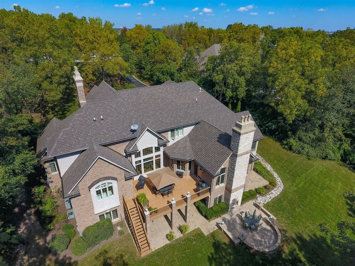 Luxury real estate Gorgeous Hillside Manor Home