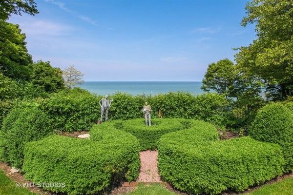 magnificent lakefront property luxury real estate