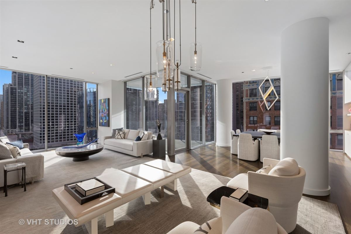 incredible luxury unit at 4 E Elm luxury homes