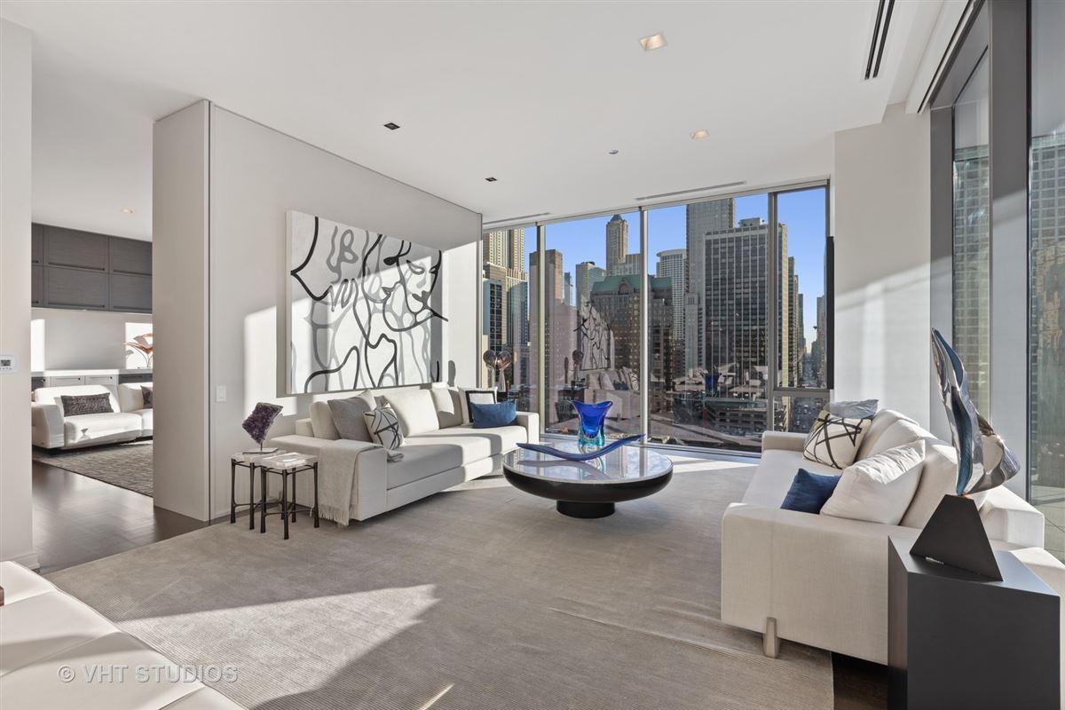Luxury properties incredible luxury unit at 4 E Elm