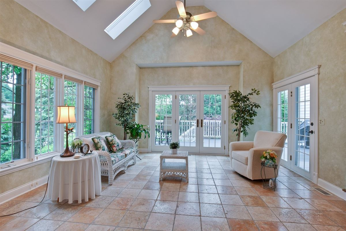 a Top location in town luxury homes