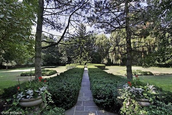 Rare opportunity for a glorious estate luxury properties