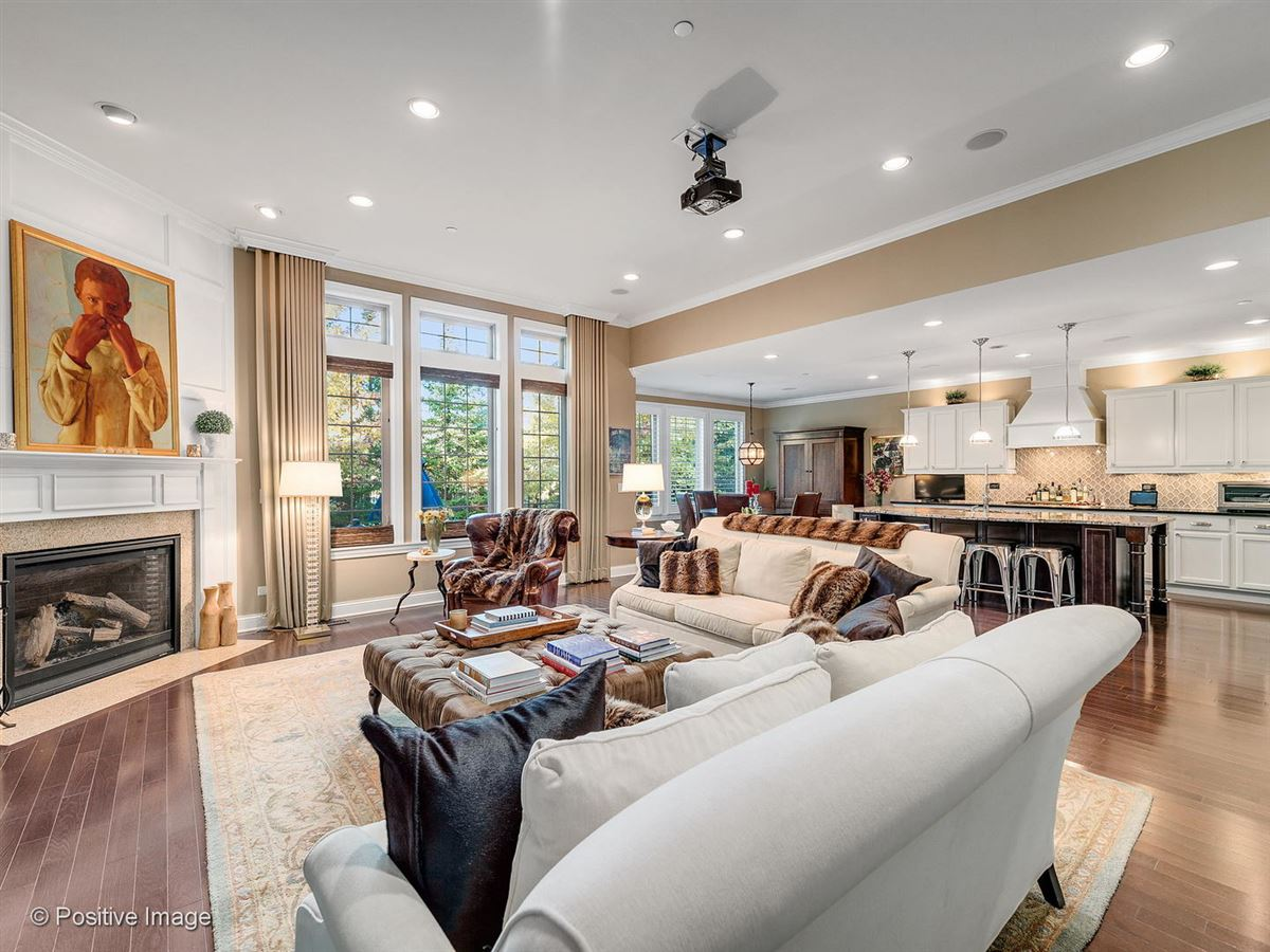 Gorgeous home in Savoy Club luxury real estate