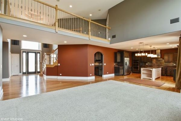 Luxury homes beautiful custom two-story home in Frankfort