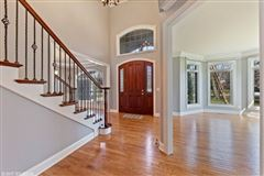 Luxury homes in desirable location and Hinsdale Central High School district