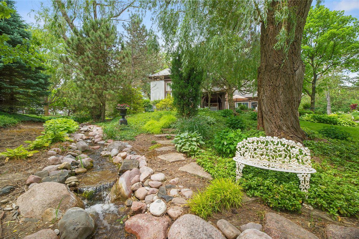 Luxury real estate Gorgeous grounds provide idyllic setting