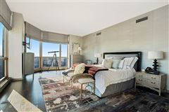 spectacular full-floor penthouse at the Pinnacle luxury homes