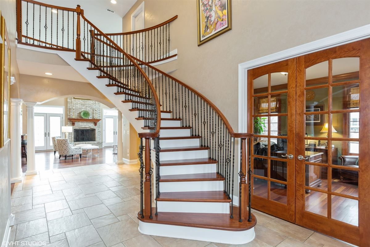 gorgeous home in Picturesque setting on wooded cul-de-sac lot luxury real estate