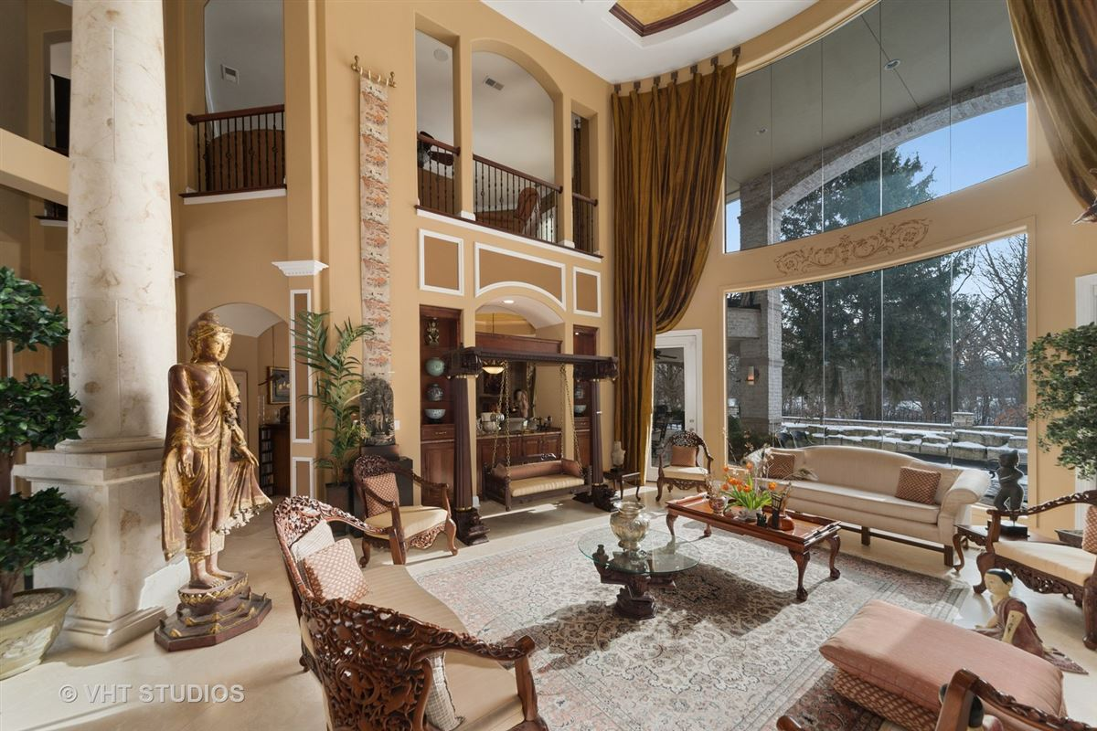 Mansions Magnificent Estate Home on gorgeous wooded parcel