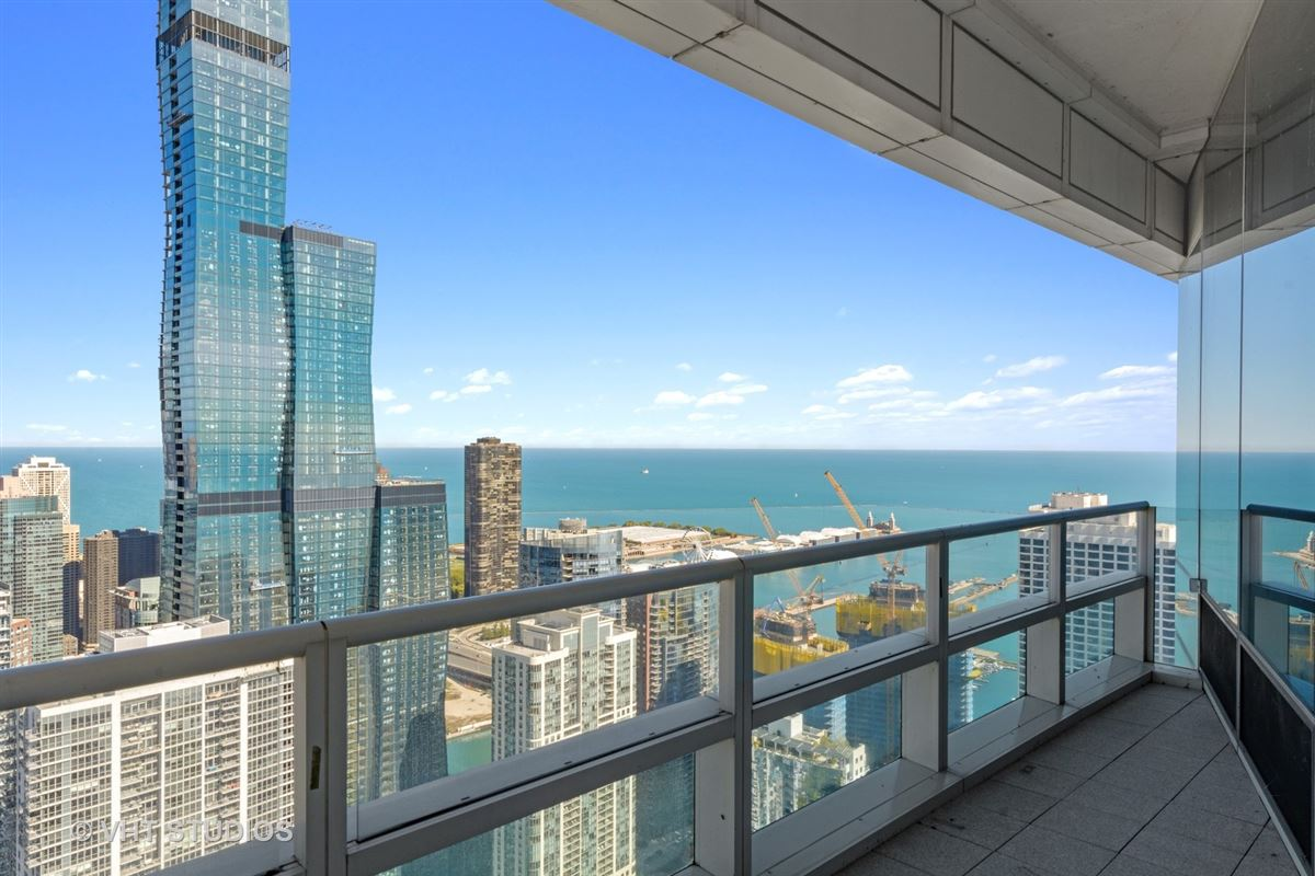 Luxury homes in Ultimate views from the ultimate address