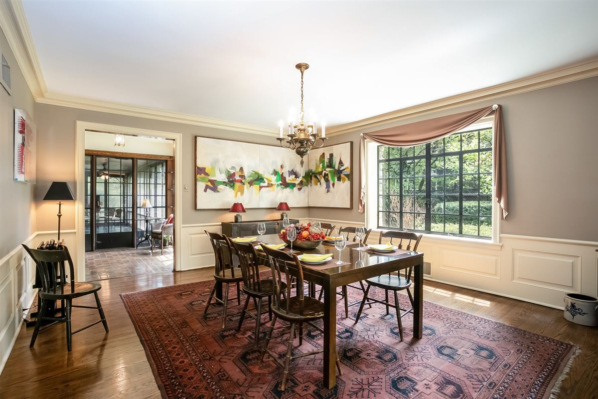 Luxury homes in timeless construction in prime location
