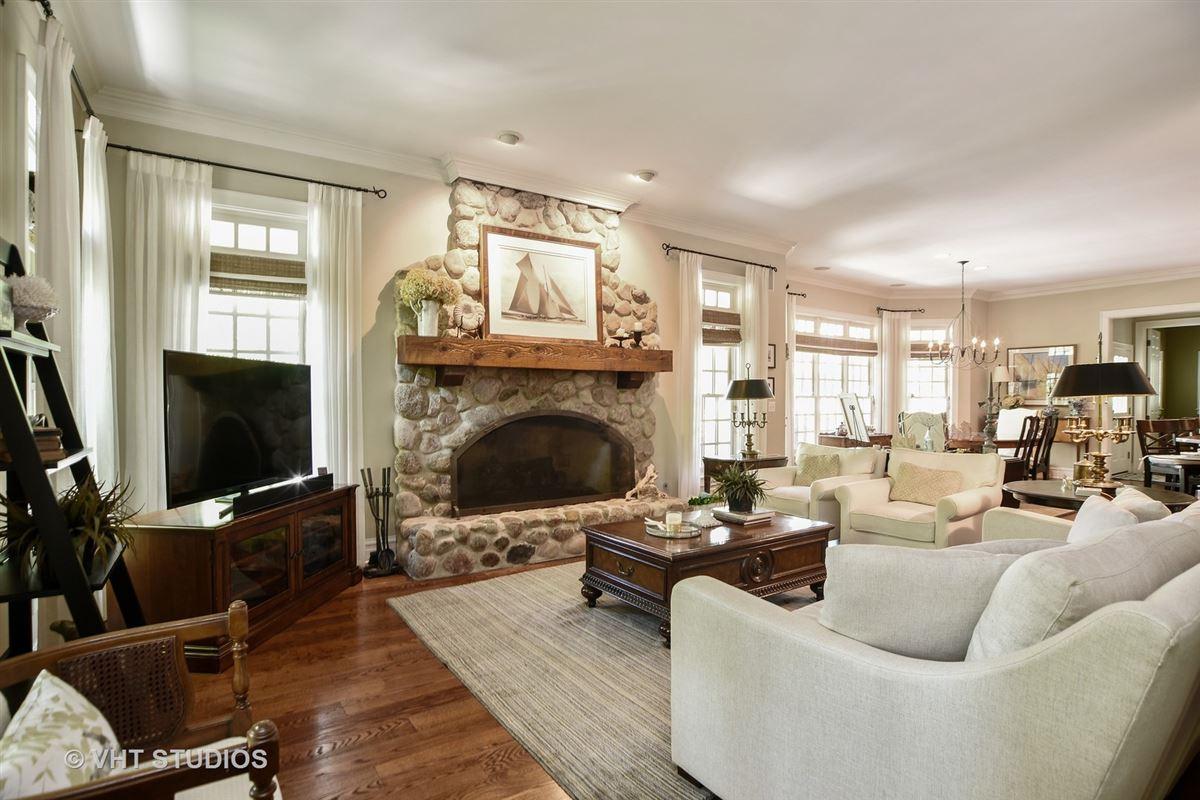 Stunning Custom-Built home in Grayslake luxury properties