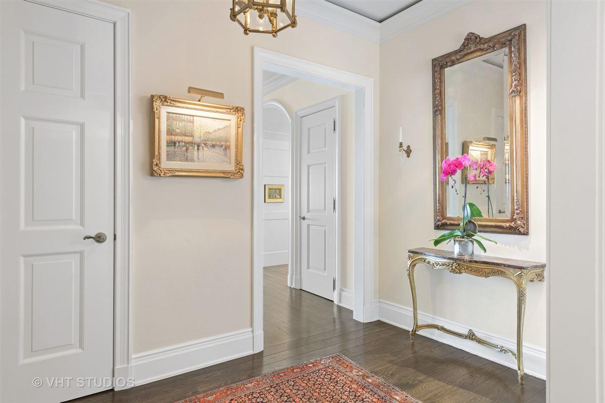 unique three bedroom home in prestigious building luxury homes