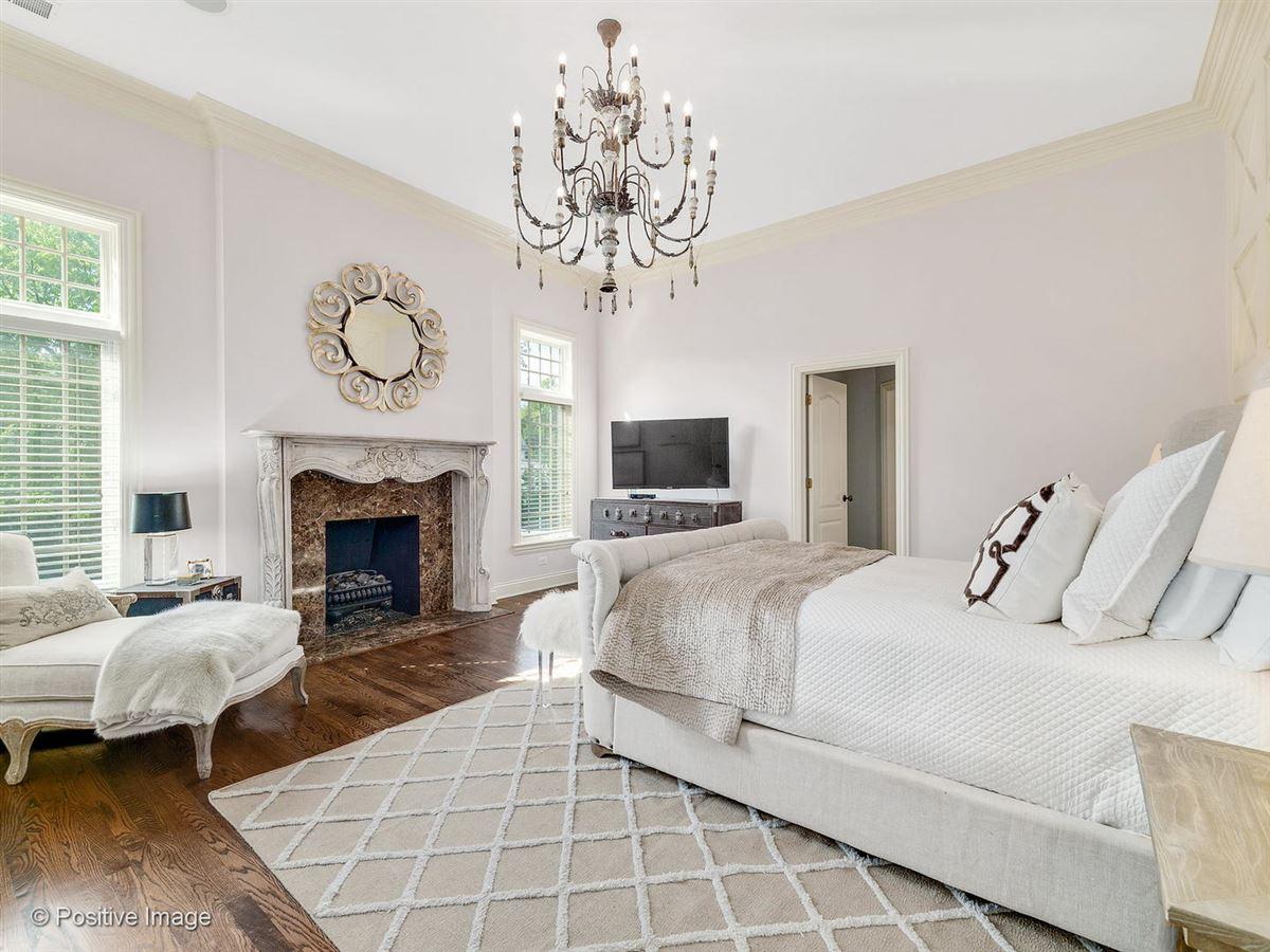 Mansions Gorgeous stone English estate