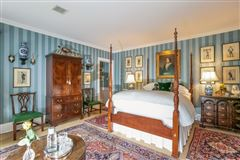 Historically renovated Georgian Revival luxury real estate