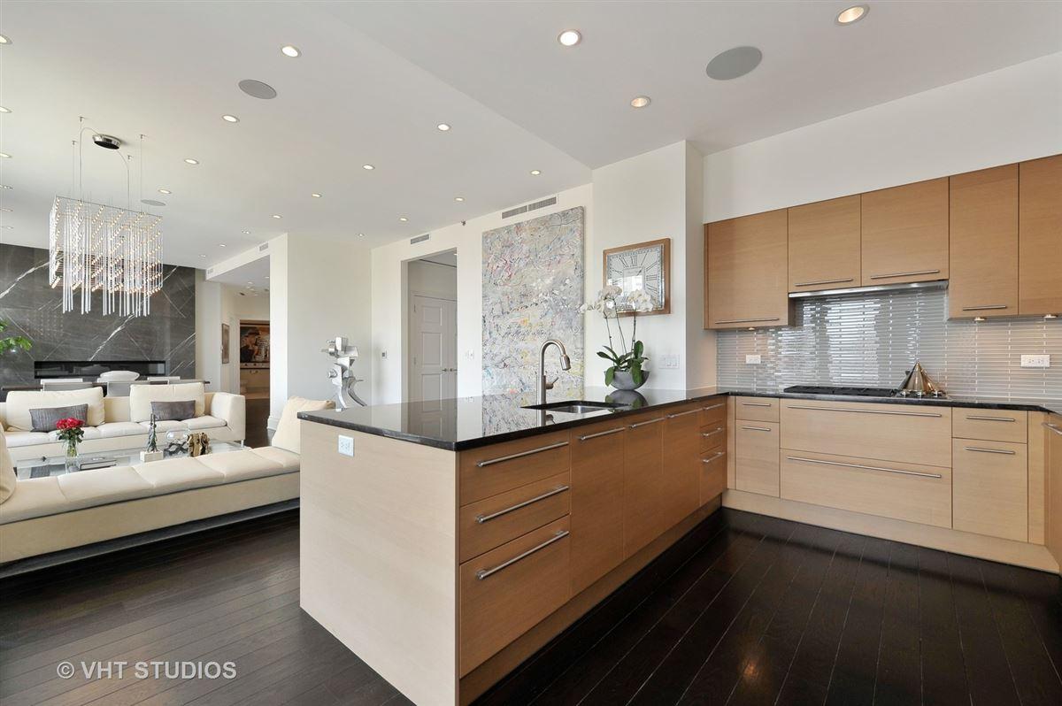 Sophisticated corner apartment luxury properties