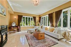 Mansions a 26 Acre Barrington Hills Estate