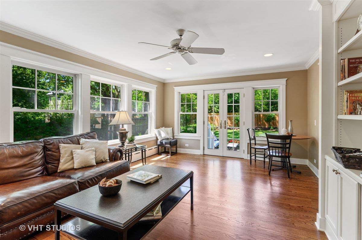 Luxury properties Meticulously renovated home