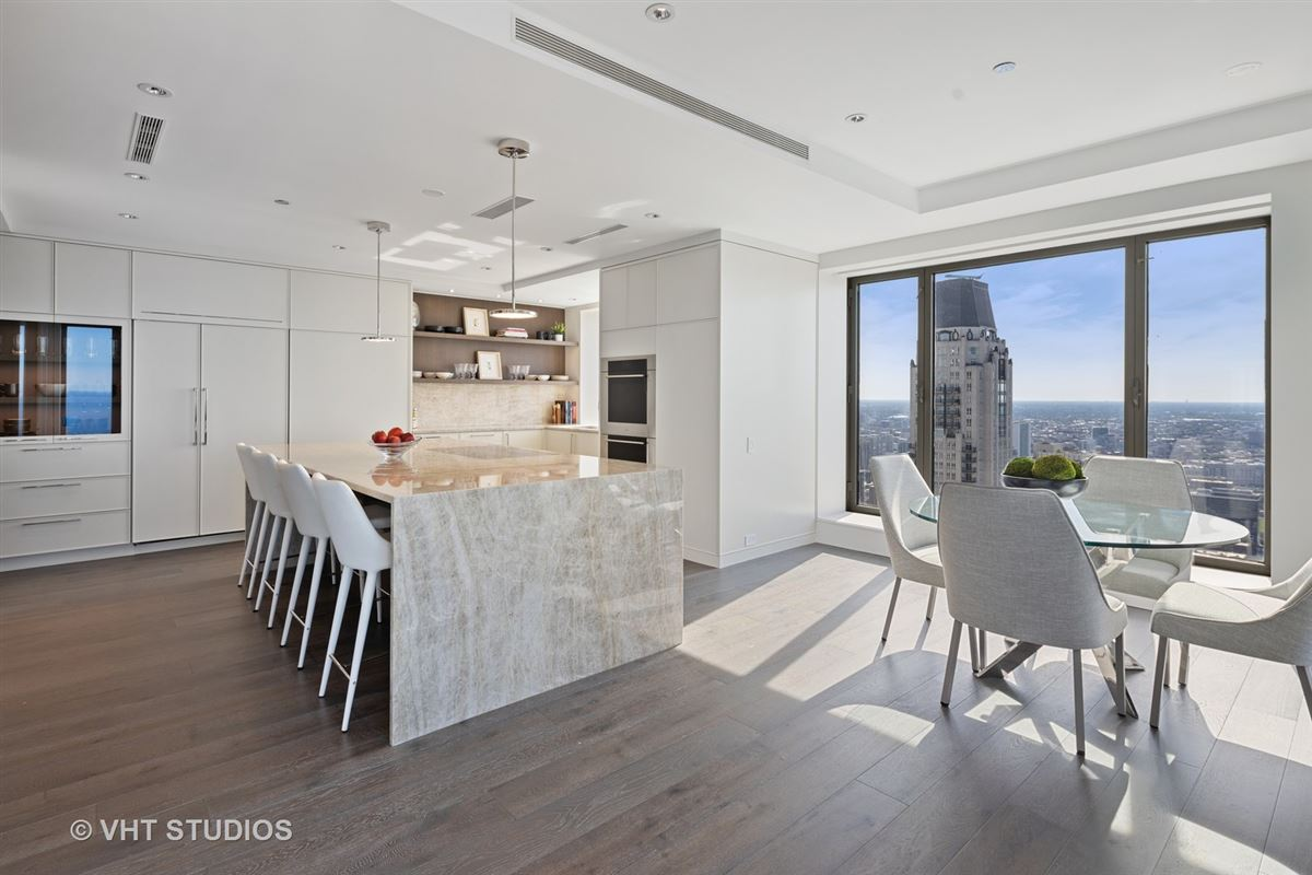 Mansions in one-of-a-kind comepletely redone duplex