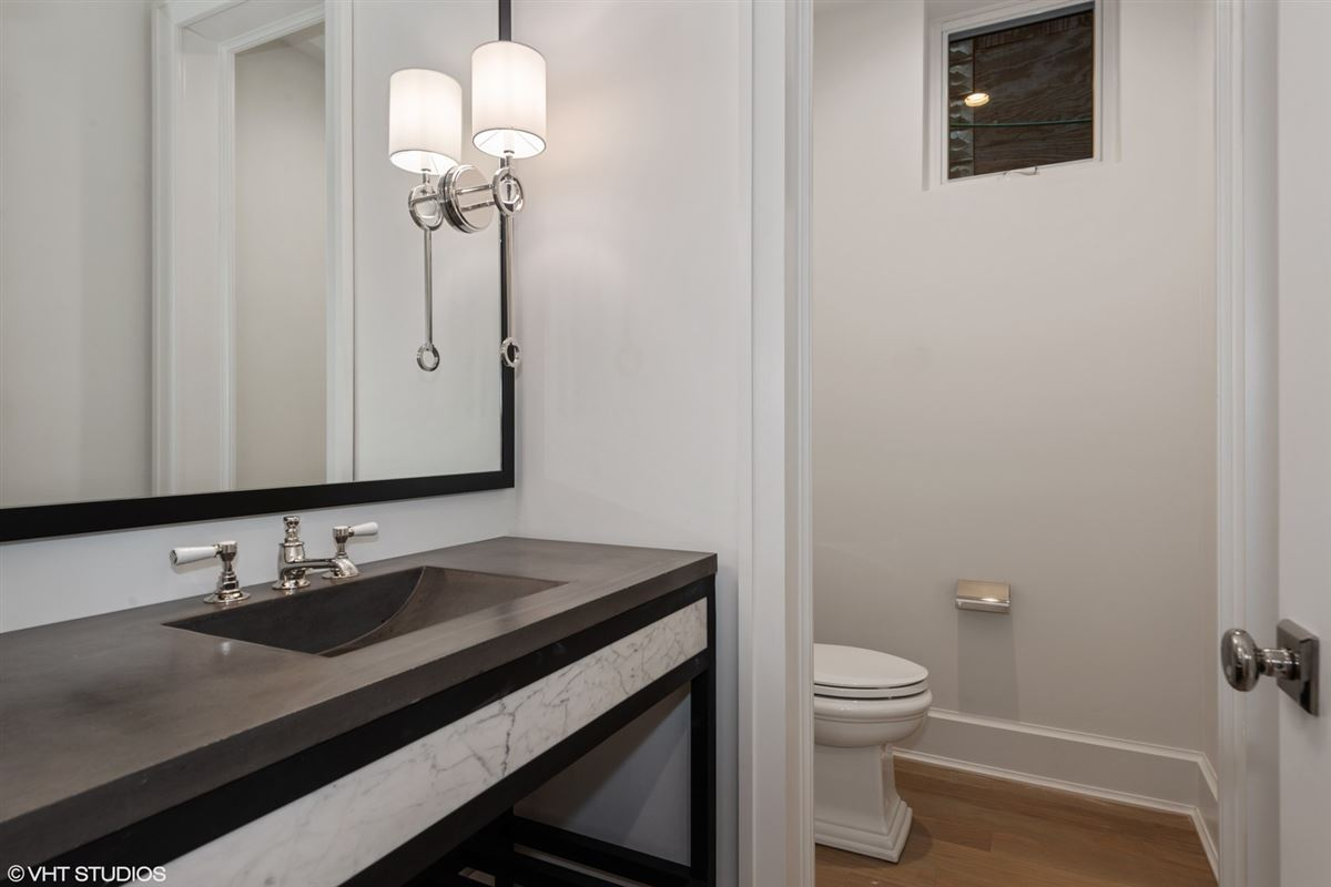 exceptional new construction home in east Lincoln Park mansions