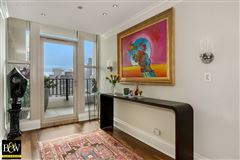 Luxury homes in penthouse in the luxurious Fordham