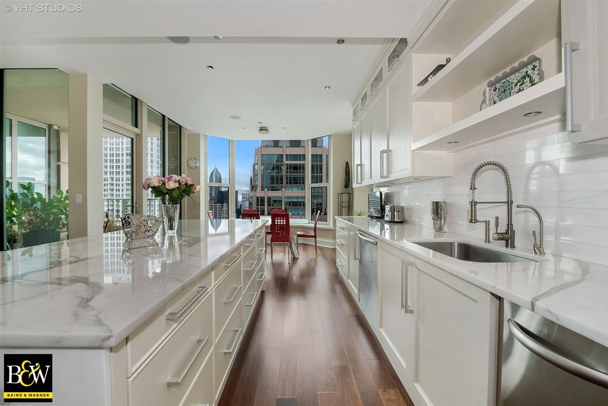 penthouse in the luxurious Fordham luxury real estate