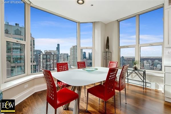 Mansions penthouse in the luxurious Fordham