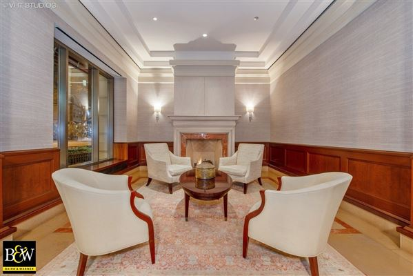 penthouse in the luxurious Fordham luxury homes