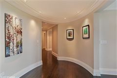 Luxury homes in exquisite home at prestigious Lincoln Park 2550