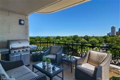 exquisite home at prestigious Lincoln Park 2550 luxury homes
