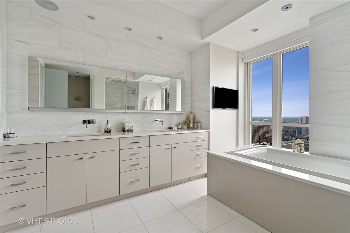 stunning residence offers Beautiful city and lake views luxury real estate