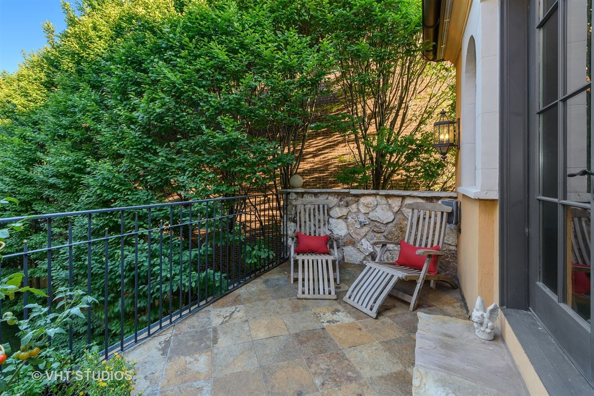 Tuscany in Lincoln Park luxury homes