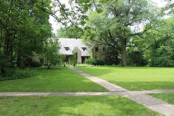 Luxury real estate great buildable lot