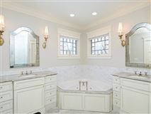 an outstanding combination of style, function & finishes mansions