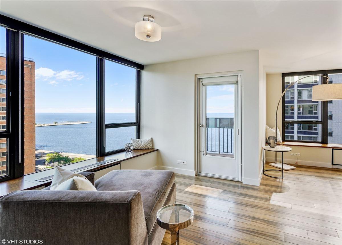 Luxury real estate sunny renovated Gold Coast condo