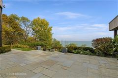 Mansions Truly magnificent lakefront home
