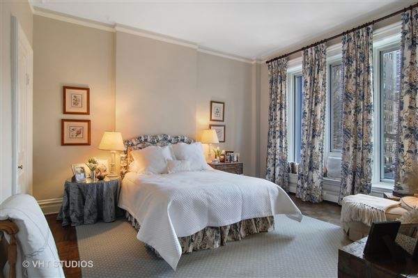 Luxury properties historic rowhome in the gold coast