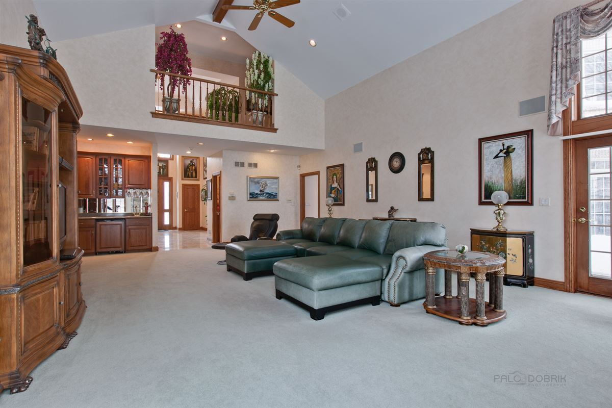 Luxury properties Amazing Lakefront property in South Barrington