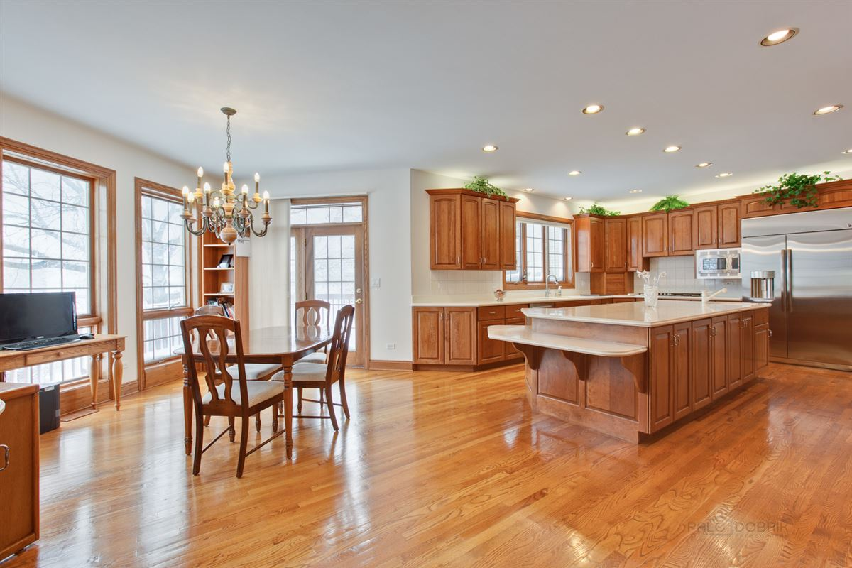 Mansions Amazing Lakefront property in South Barrington
