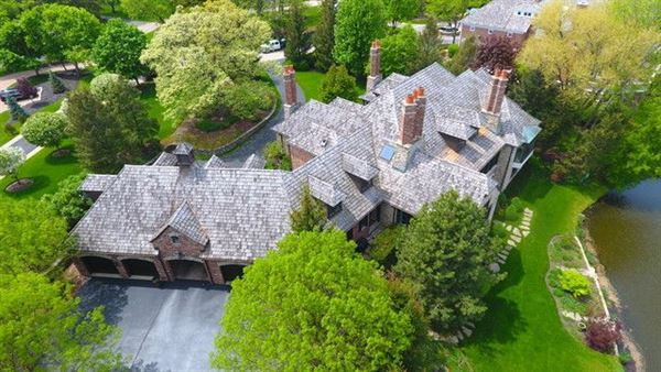 Luxury homes in magnificent golf course home